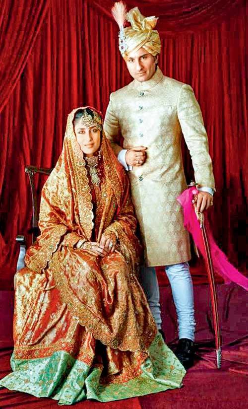 Bebo's-Wedding-dress-model-Rare-and-unseen-pictures-of-Kareena-Kapoor-Saif-Ali-Khan-Wedding-Recption_pics1